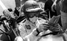 1968-SANDOWN-TASMAN-PIERS-COURAGE-